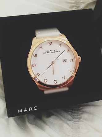 jewels marc jacobs watch marc jacobs white and gold watch watch fashion marc jacobs box black white style beautiful marc by marc jacobs white watch gold watch white and gold watch classic jewelry gold luxury tumblr cute classy prada valentines day gift idea watch es number women designer