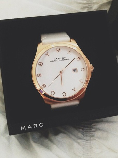 jewels marc jacobs watch marc jacobs white and gold watch watch fashion marc jacobs box black white style beautiful marc by marc jacobs white watch gold watch gold watch white and gold watch classic watch jewelry gold luxury tumblr cute classy prada valentines day gift idea watch es number women designer