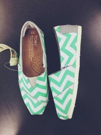 shoes toms chevron mint
