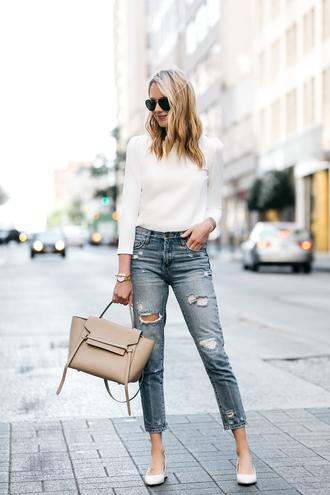 fashionjackson blogger top jeans shoes bag jewels handbag white blouse pumps white top beige bag