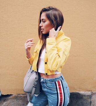 kenza blogger jacket t-shirt pants grey bag yellow jacket spring outfits