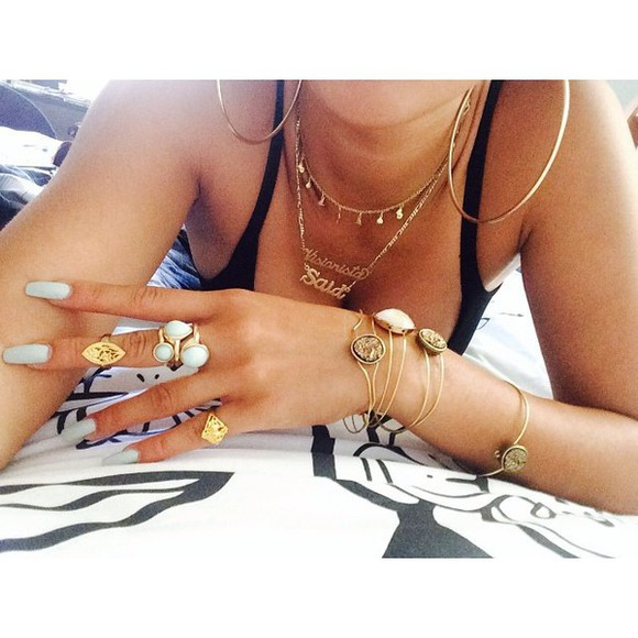 gold necklace jewels gold rings gold bracelets