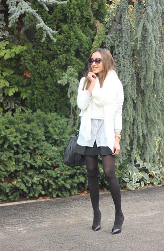 blogger bag besugarandspice sunglasses striped shirt