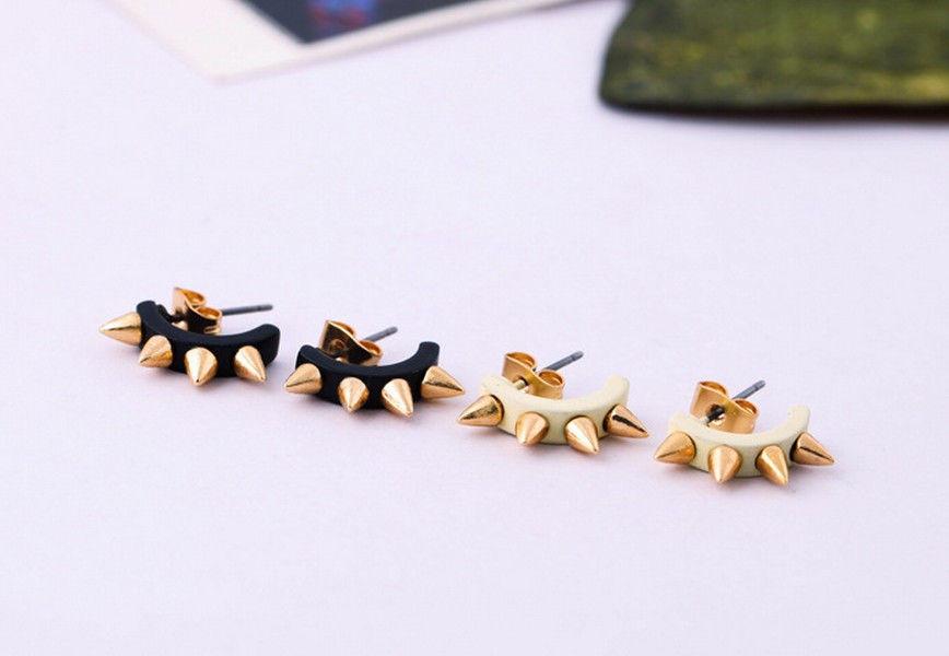 Retro pin piercing earrings rock punk screw spike rivet earring ear studs 1 pair