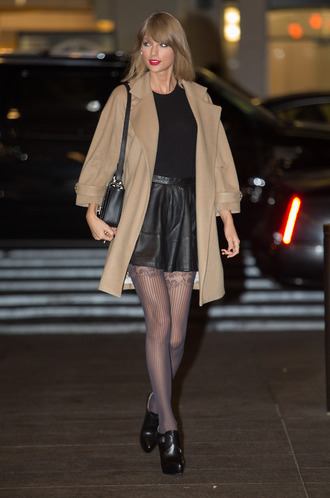 fall outfits taylor swift skirt coat