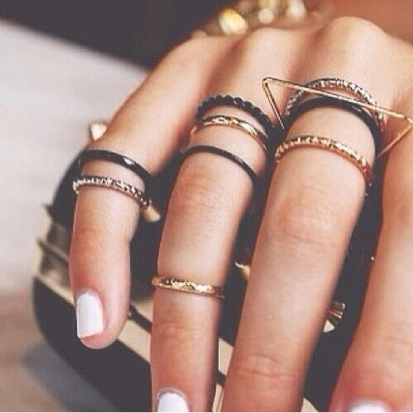 jewels ring nail polish black gold clutch midi ring