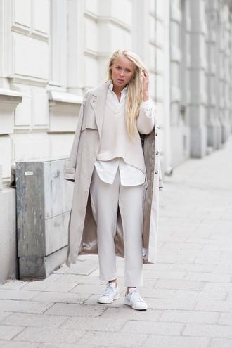 victoria tornegren blogger pants sweater trench coat beige off-white classy
