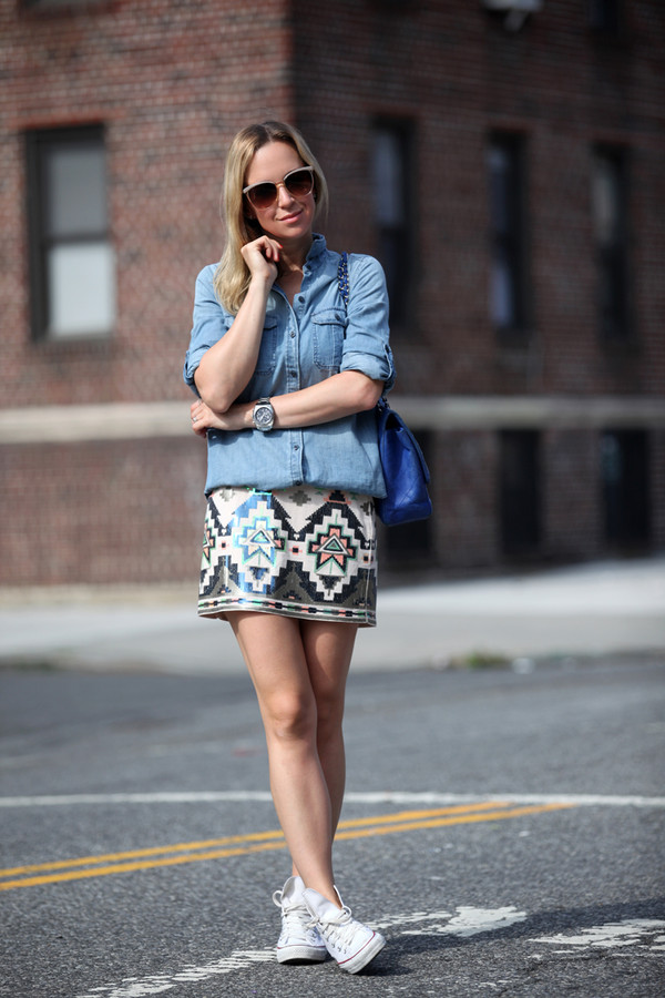 brooklyn blonde skirt shoes sunglasses jewels