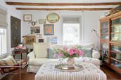 home accessory,tumblr,home decor,home furniture,furniture,sofa,living room,chair,flowers