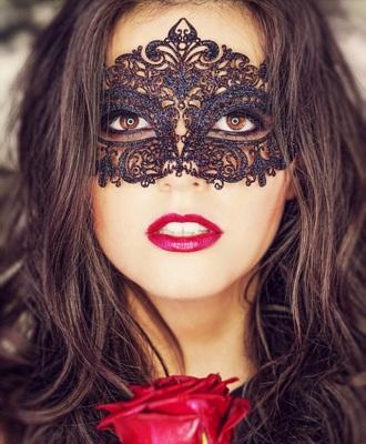 make-up black mask masquerade