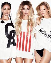 t-shirt,top,khloe kardashian,kardashians,instagram,shanina shaik