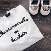 sweater,mademoiselle en baskets,mademoisellegloria,sneakers,adidas shoes,pullover
