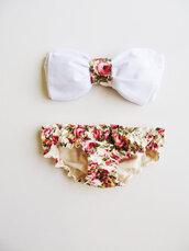 swimwear,floral,bow,fashion,bandeau,white,flowers,pink,vintage,rose,green,bikini