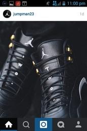 shoes,jordans,jordan's,jordan's shoes,high top sneakers,high tops,black,gold,leather