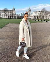 coat,white coat,teddy bear coat,jeans,sneakers,white sneakers,handbag