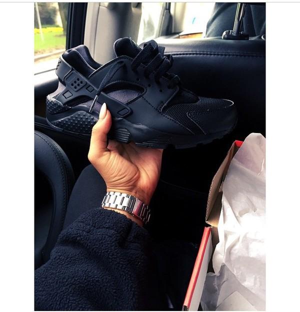 shoes sneakers black dope hot fire fashion; nike air huarache og triple  black white women girls 634835