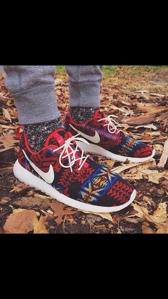 shoes roshe runs nike aztec tribal pattern nike