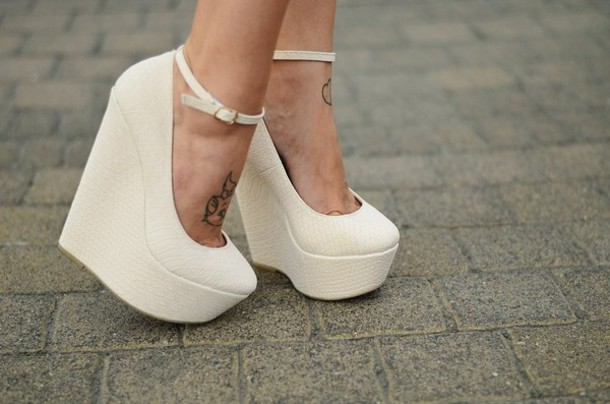 Shoes: clothes, wedges, high heels, white, white wedges, bag ...