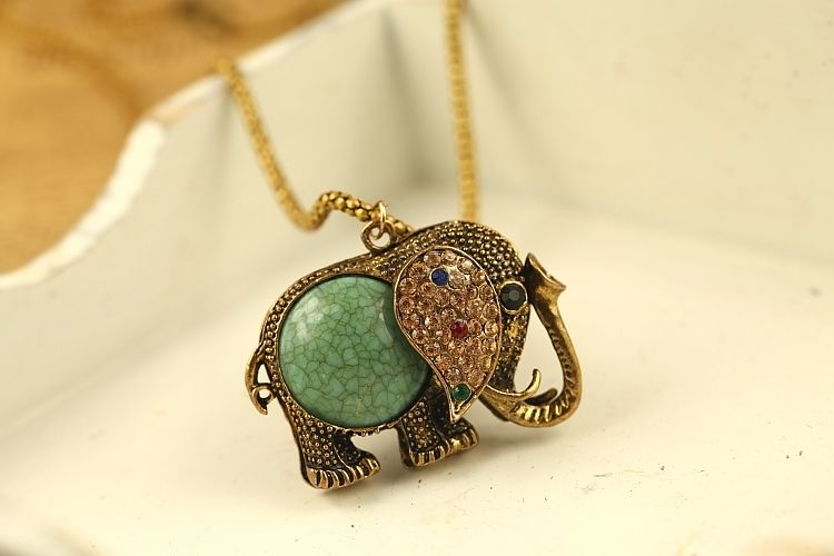 The bohemian Retro Elephant Rhinestone Sweater Chain Pendant Necklace - DualShine