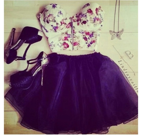 t-shirt blouse flowers floral bustier zip skirt purple