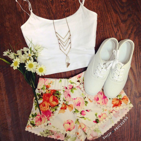 blouse crop tops flowered shorts shorts