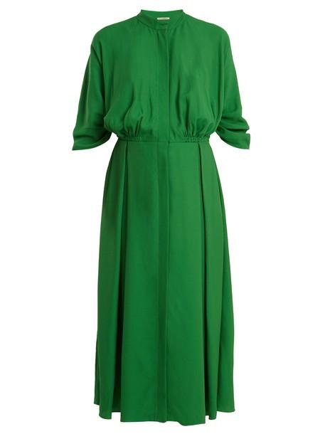 dress pleated green