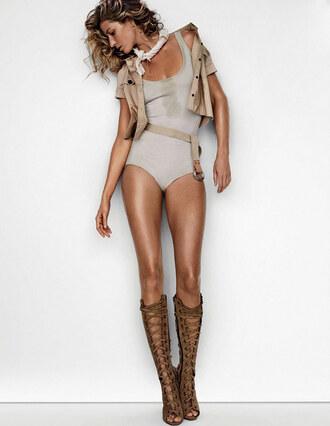 shoes gladiators gisele bündchen sandals summer outfits bodysuit top