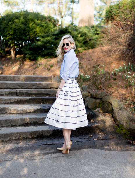 yael steren blogger top skirt shoes sunglasses jewels make-up nail polish midi skirt blue shirt high heel pumps