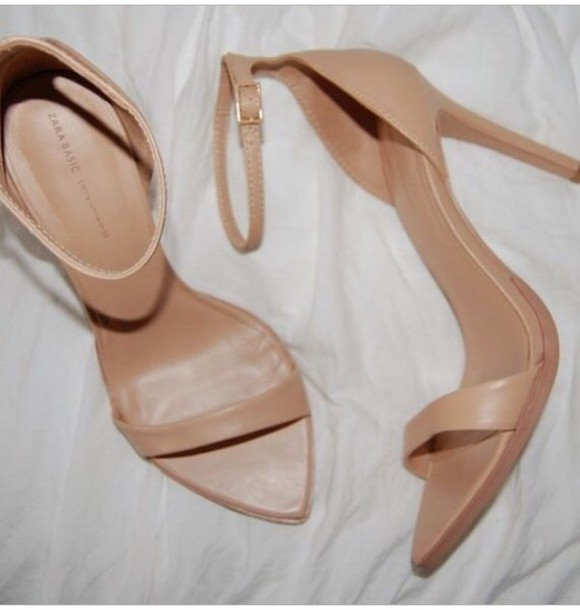 shoes nude pointy sandals size us 8