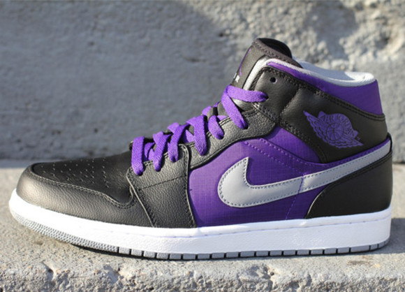 shoes nike air jordan purple shoes black adorable badass