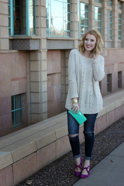 fashion flirtation blogger cable knit knitted sweater ripped jeans wallet mint sweater shoes jewels
