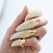 jewels,gold,ring,claws,nail accessories,metallic nails