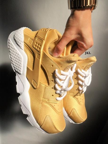 5d0ff0462013 shoes gold huarache nike huarache gold gold gold huaraches huarache gold  nike nike air huaraches womens