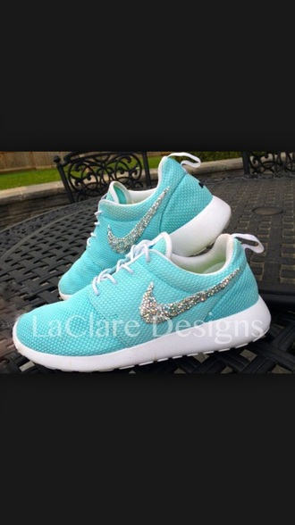 shoes shoes heels wedges mint blue pastel cute pastel sneakers roshe runs fashion girls sneakers nike running shoes nike shoes nike shoes womens roshe runs gossip girl blair red dress tumblr shoes diamonds