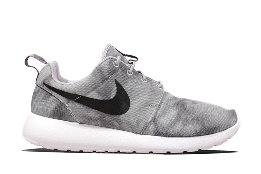 classic fit 31efb 871ba Nike Roshe Run Print Wolf Grey 655206-001 mens running fashiion sneakers