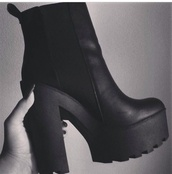 shoes,platform shoes,high heels,boots,black boots,black,heels,chunky boots,black heels,platform boots,chunky heels,cleated sole,chelsea boots,all black platform,chelsea black heeled boots,heel boots
