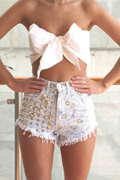 shorts,white,bow,floral,studded,daisy,crop tops,strapless,fashion,summer,spring,denim,shirt,flowers,yellow,tan,pretty,shoes,high waisted,high waste,tumblr,light blue,button,cute,a bow,girly,girl,gold,High waisted shorts,high waited shorts,rivets,studded shorts,blouse,tank top,flowered shorts,high waisted denim shorts,swimwear,suit,jeans,sunflower,white crop tops,pink crop top,studs,cut off shorts,bandue,flowered,bow top,high wasited shorts,top,fringe shorts,clothes,summer outfits,t-shirt,summer shirt,bow bandeau,bow crop top,studded high waist shorts,pants,silver studs,flower shorts,cute shorts,cutwe,denim shorts,daisy shorts,studded shortshigh waisted shorts,crop
