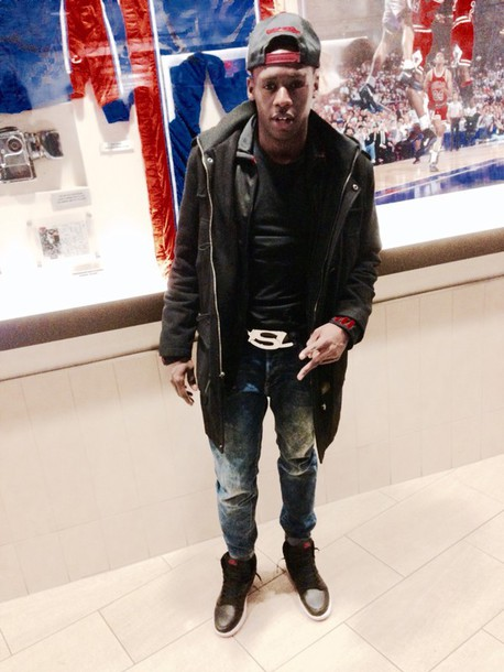 coat black long coat dope guess ASAP Rocky august alsina trey songz drake fashion tumblr outfit outfit cool hot jordans jeans black t-shirt hat belt shoes