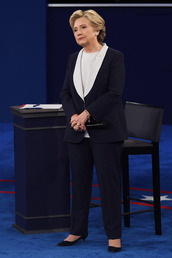 pants,top,hillary clinton,first lady outfits,navy,suit,blazer