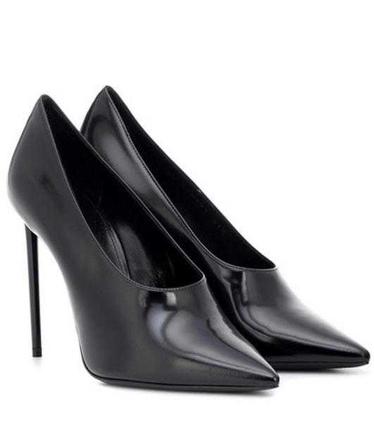 Saint Laurent Jazz patent leather pumps in black