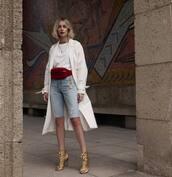 coat,white coat,gold shoes,jeans,belt bag,white t-shirt,chain necklace