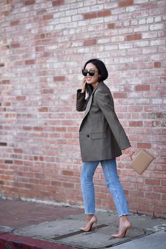 jacket nude heels heels tumblr blazer grey blazer denim jeans blue jeans pumps pointed toe pumps sunglasses office outfits