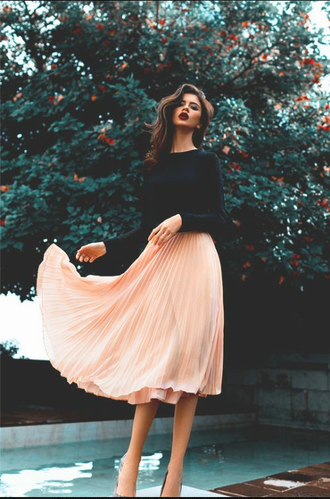 skirt long skirt crop tops black sweet pink cute girly girl beautiful black sweater pink skirt blouse