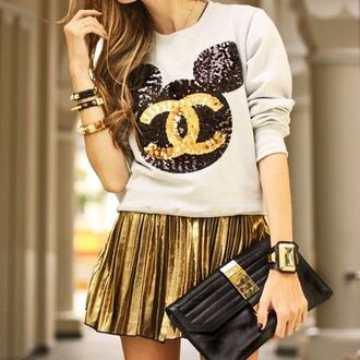 metallic gold pleated skirt sweater mickey mouse pouch belt shoes metallic pleated skirt