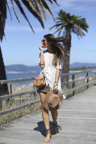 b a r t a b a c blogger crochet top shoulder bag