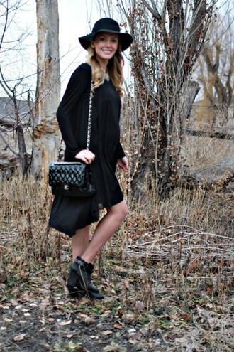 birdalamode blogger dress shoes hat jewels chanel bag felt hat ankle boots