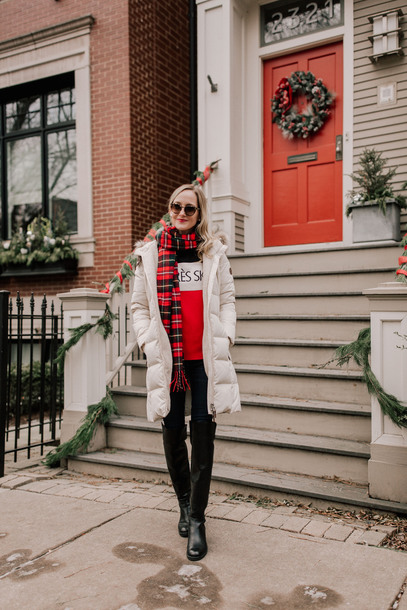 kelly in the city - a preppy chicago life style and fashion blog blogger sweater scarf coat t-shirt jeans shoes christmas winter outfits winter coat flannel scarf boots