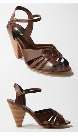 kimchi blue urban outfitters woven sandal woven sandal heel sandals low heel wooden heel brown shoes