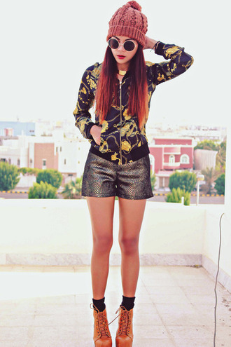 blouse high heels shorts