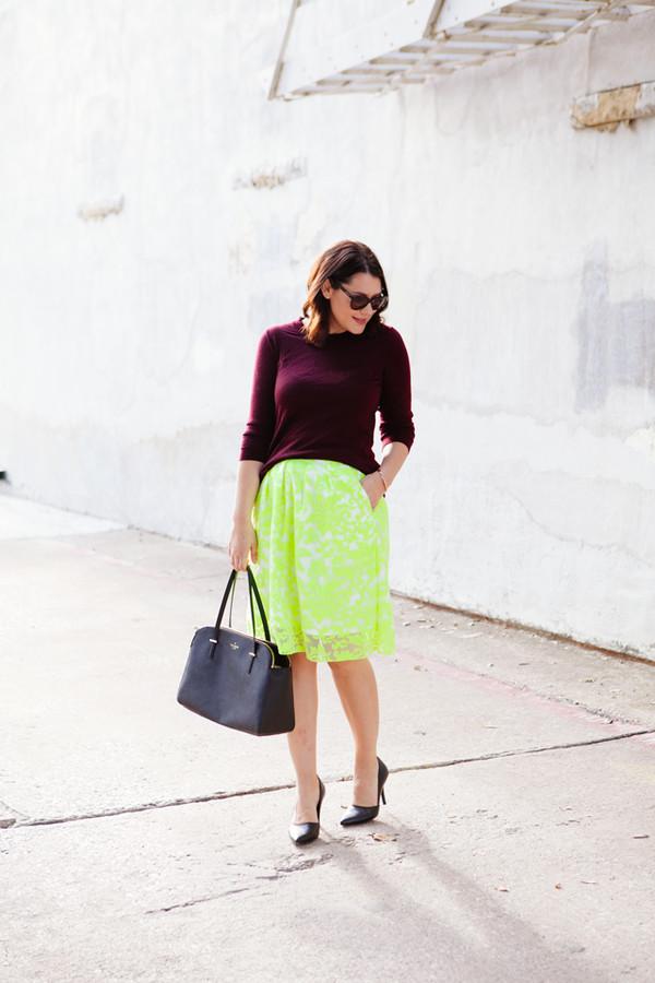 kendi everyday blogger skirt shoes bag sunglasses